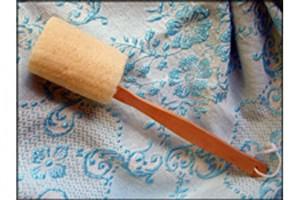 Loofah on a Stick bath product
